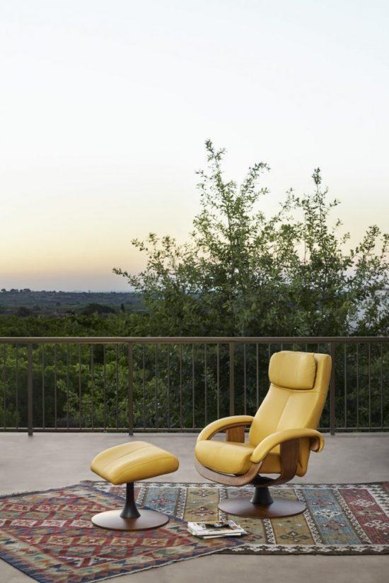 Tacoma Katia footstool leather